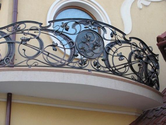 Балкон с элементами ковки FBK-007 - фото 2