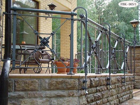 Кованое балконное ограждение FBK-005 - фото 2