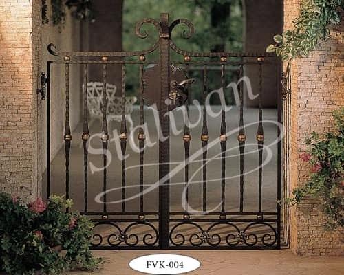 Ворота с элементами ковки FVK-004 - фото 1