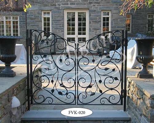 Ворота с художественной ковкой FVK-020 - фото 1