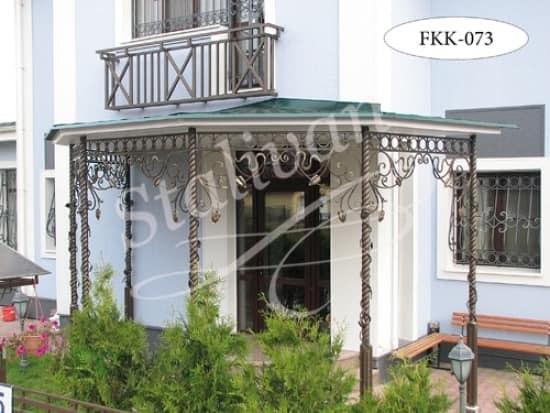 Навес с художественной ковкой FKK-073 - фото 1
