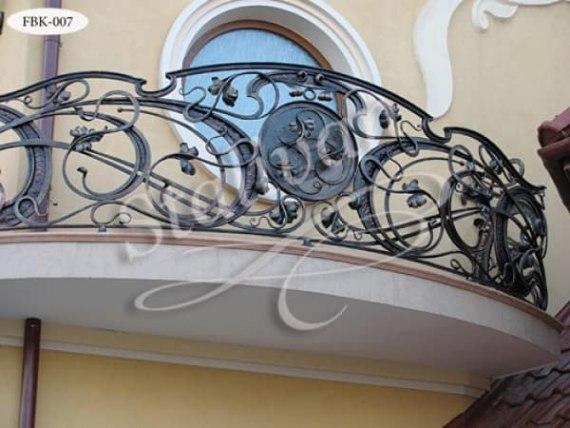 Балкон с элементами ковки FBK-007 - фото 1