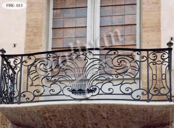 Балкон с художественной ковкой FBK-013 - фото 1