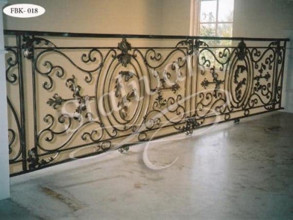 Кованое ограждение балкона FBK-018 - фото 1