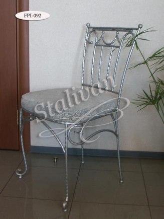 Кованый стул с мягким сиденьем FPI-092 - фото 1