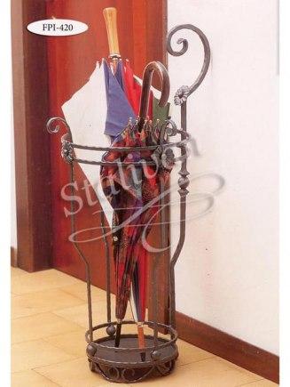 Кованая подставка для зонтов FPI-420 - фото 1