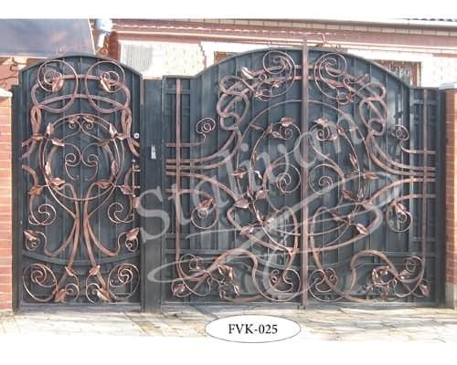 Глухие кованые ворота FVK-025 - фото 1