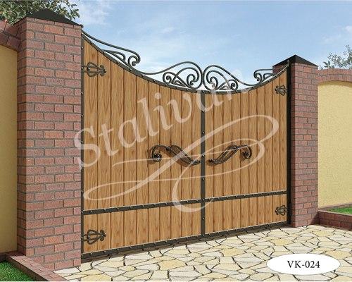 Деревянные ворота с ковкой VK-024 - фото 1