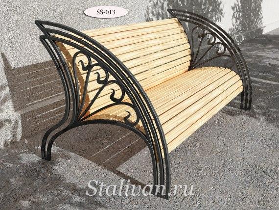Деревянная скамейка с художественной ковкой SS-013 - фото 2