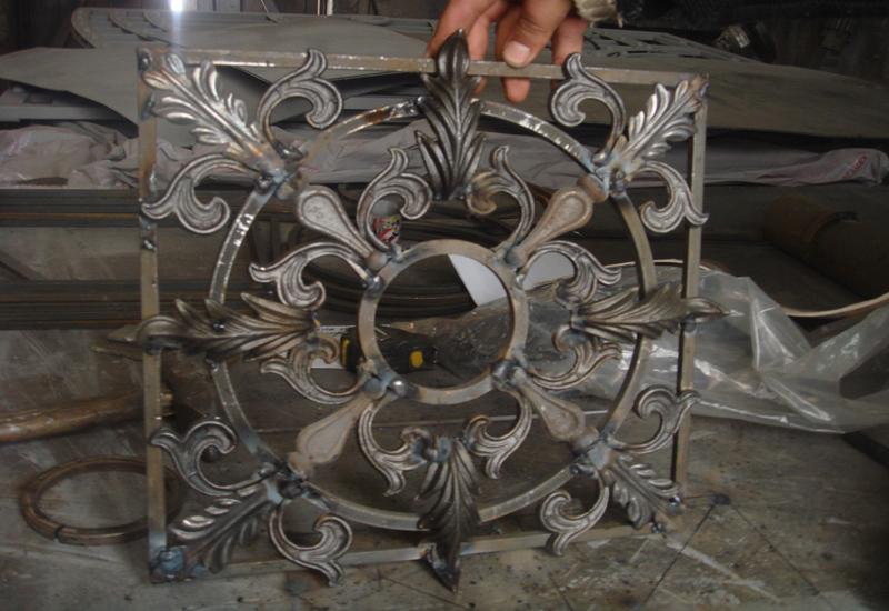 Кованое изделие перед реставрацией